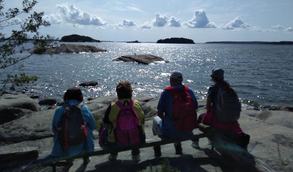 Kohtaamispaikka Kiesi retki saaristossa